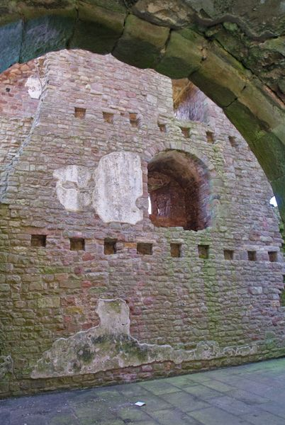 Brough Castle photo, West tower interior