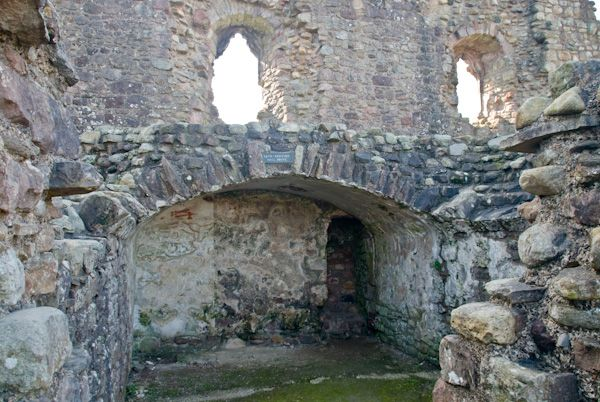 Brough Castle photo, Clifford Tower interior