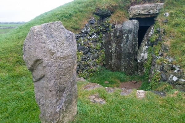 Bryn Celli Dhu photo, Chamber entrance 2