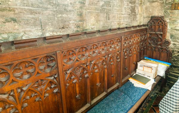 Buckland Monachorum photo, Drake's pew in the church