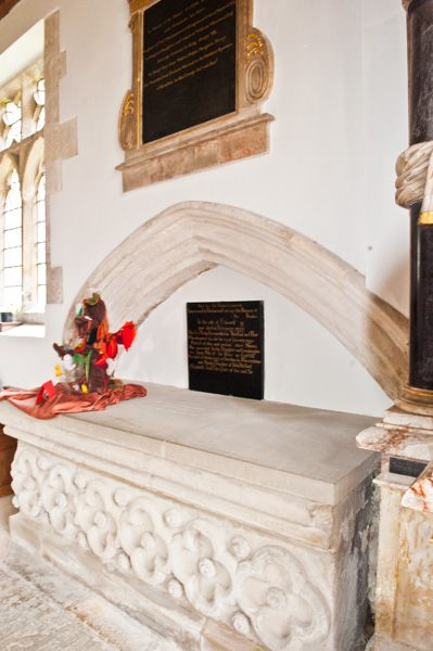 Burton Agnes, St Martin's Church photo, Tomb of Sir Walter Griffith (d 1487)