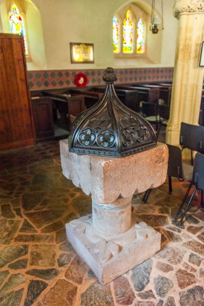 Cadbury, St Michael's Church photo, The Norman font and 16th century cover
