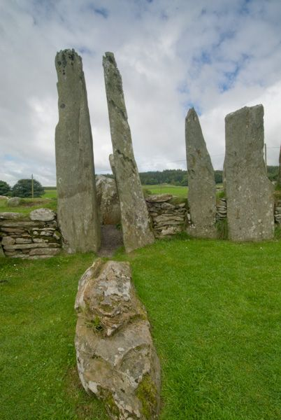 Cairn Holy Chambered Cairns photo, Forecourt