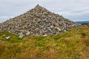 Cairn O'Mount