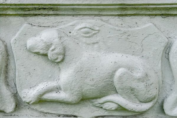 Caldbeck photo, Hunting dog carving on John Peel's memorial