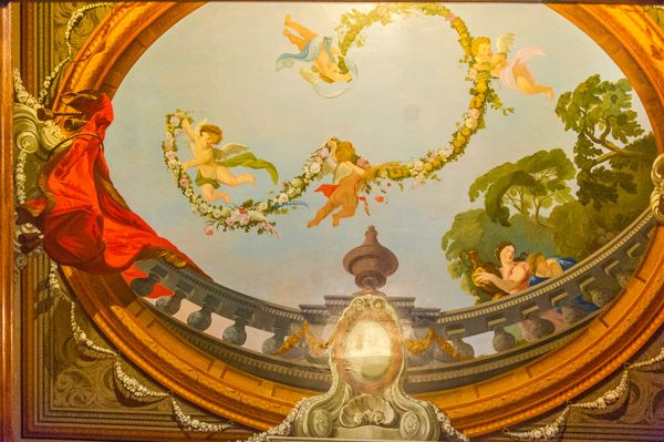 Callendar House photo, Painted ceiling in the Staircase Hall