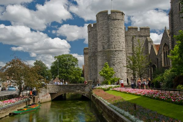 Canterbury West Gate Tower photo, West Gate Tower and River Stour