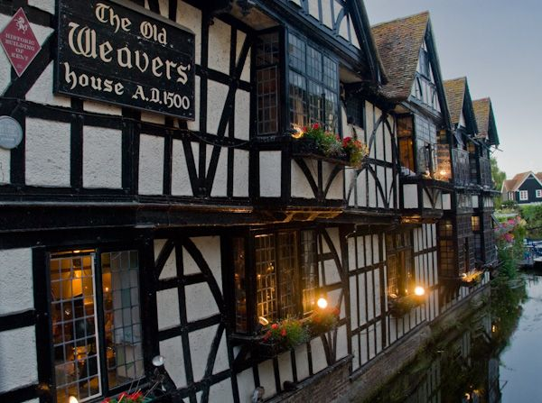 Canterbury photo, The Old Weaver's House at dusk