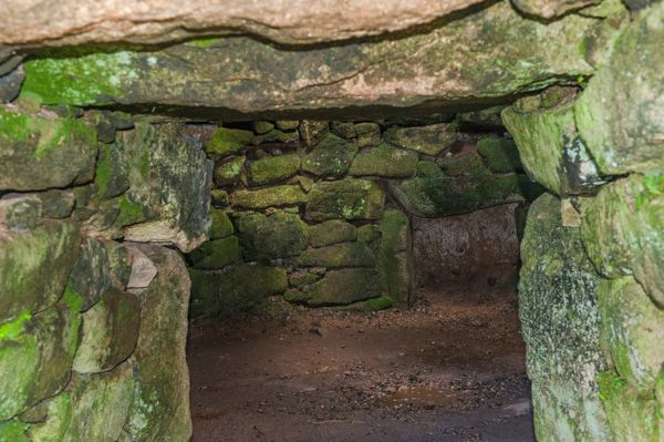 Carn Euny Ancient Village photo, The fogou interior passage