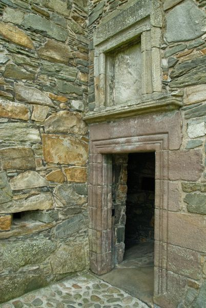 Carsluith Castle photo, Entrance doorway