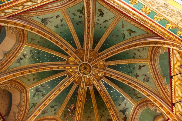 Castell Coch photo, An ornate domed ceiling