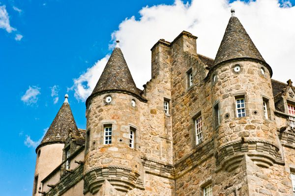 Castle Fraser photo, A fancy collection of turrets!