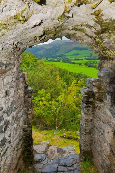 Castell-y-Bere photo, Western postern door