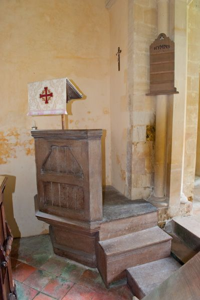 Catmore, St Margaret's Church photo, Pulpit