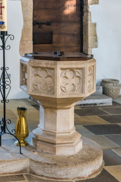 Chadlington, St Nicholas Church photo, The Victorian font
