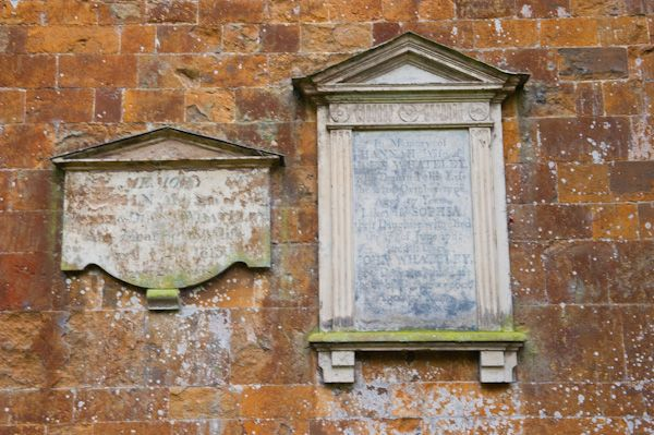 Chadshunt, All Saints Church photo, External wall tablets