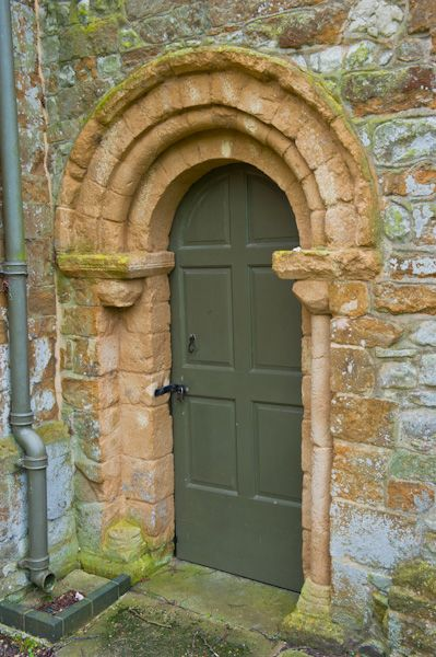 Chadshunt, All Saints Church photo, Norman north door
