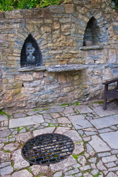 Chalice Well and Gardens photo, A quiet prayer area