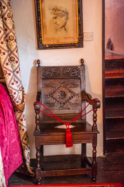 Chambercombe Manor photo, Lady Jane Grey's chair
