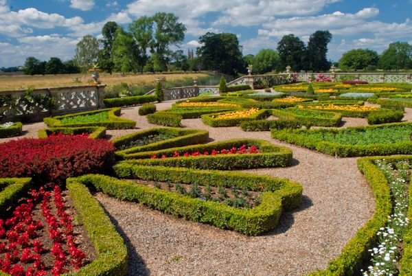Charlecote Park photo, The formal rear gardens