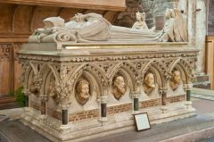 Bishop Pearson tomb (d. 1686)