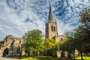 Chesterfield, Crooked Spire Church