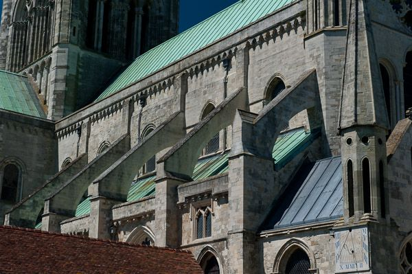 Chichester Cathedral photo, Flying buttresses