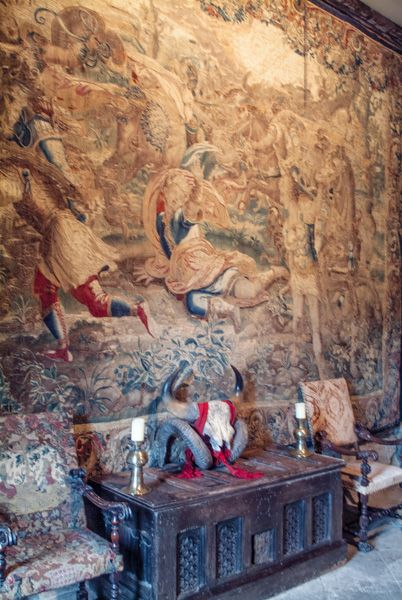 Chillingham Castle photo, 17th century tapestry in the hall
