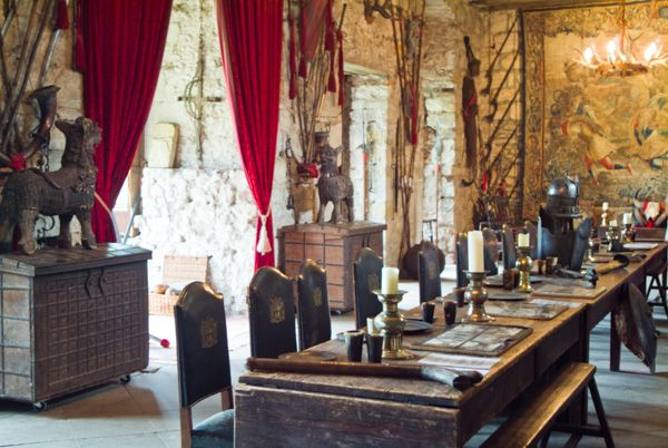 Chillingham Castle photo, The hall