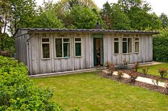 Chiltern Open Air Museum, Postwar prefab home (c) Antony McCallum