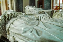 Chipping Campden, St James Church, Elizabeth Hicks and Sir Baptist Hicks effigies