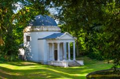 Chiswick House, The Ionic Temple