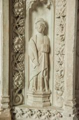 Figure of St Hieritha on the pulpit