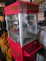 A traditional popcorn machine (c) Edwardx