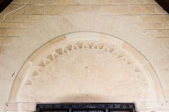 Clanfield, st Stephen's Church, Norman south doorway arch