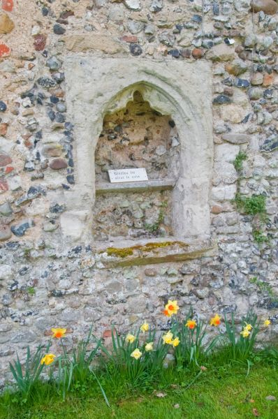 Clare Priory photo, Piscina in ruined nave wall