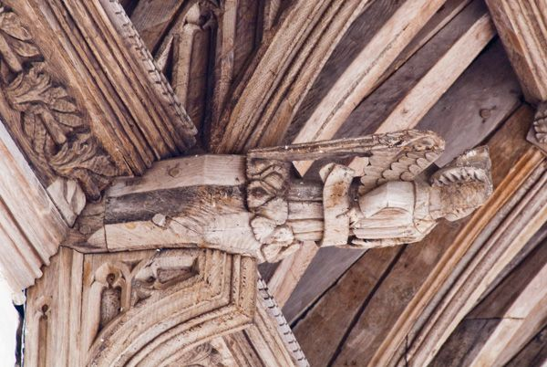 Cleeve Abbey photo, 13th century carved angel, refectory