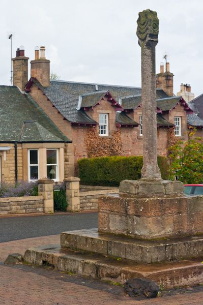 Cockburnspath photo, Another view of the Mercat Cross