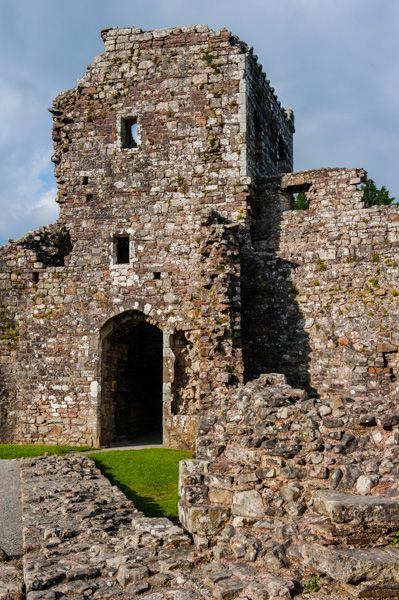 Coity Castle photo, The eastern gatehouse