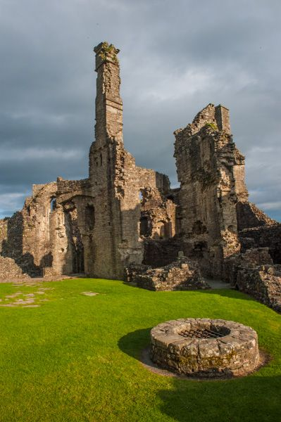 Coity Castle photo, The castle well