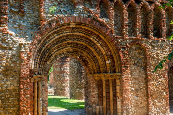 St Botolph's Priory photo, The west door