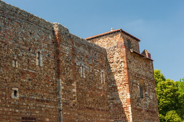 Colchester Castle Museum photo, East castle wall and tower