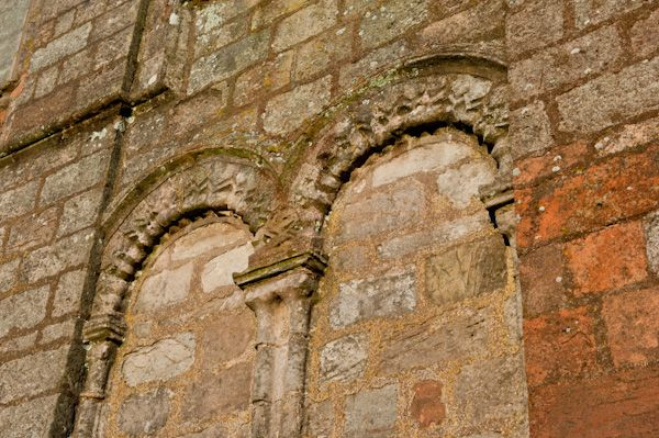 Coldingham Priory photo, Medieval arcading