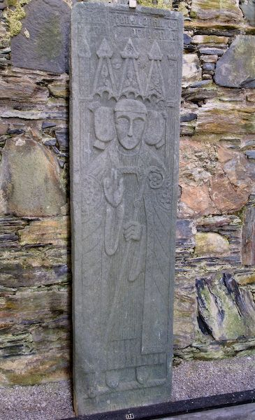 Isle of Colonsay photo, Grave slab of a bishop