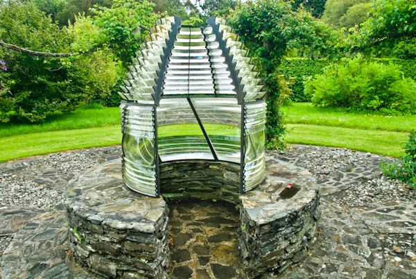 Colonsay House Gardens photo, Lighthouse Garden sculpture