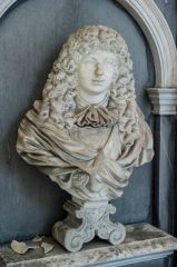 Compton Verney Chapel, Bust of Sir Greville Verney, 1668