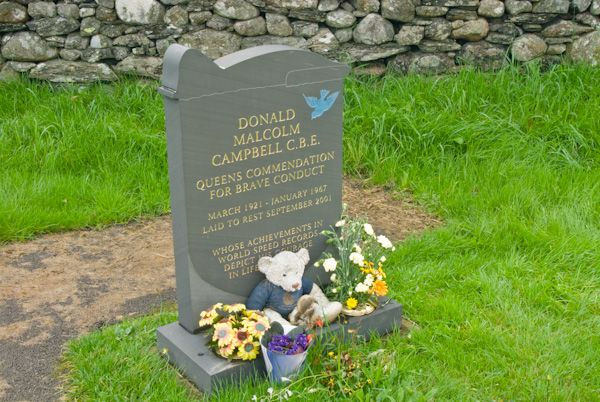 Coniston photo, Donald Campbell's grave