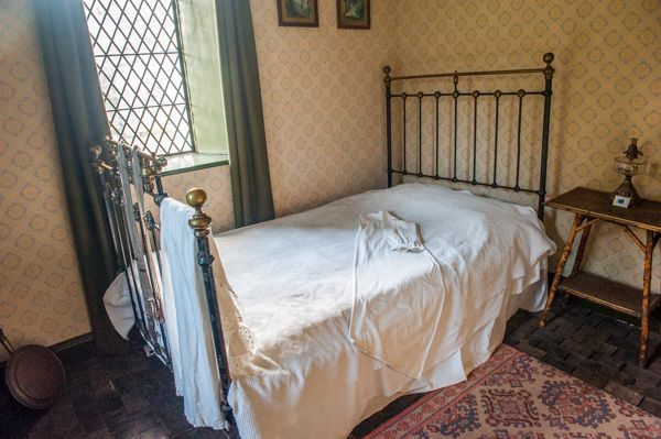 Conwy Suspension Bridge photo, Bedroom in the keeper's cottage