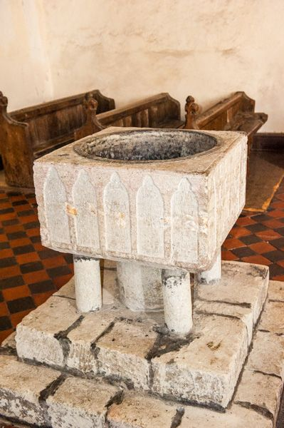 Cooling, St James Church photo, The Norman font