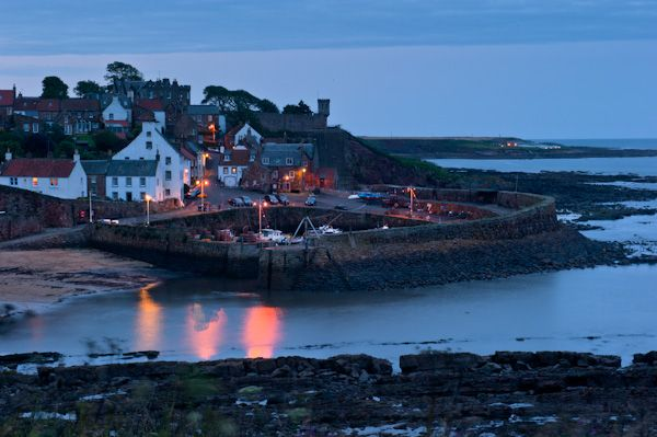 Crail photo, Crail harbour at night